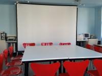 Kleiner Konferenzraum/PC-Kabinett