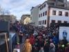 Monstermäßiger Publikum auf dem Meeraner Markt
